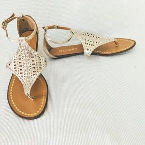 Report Metallic Gold Woven Leather Sandals Size 6